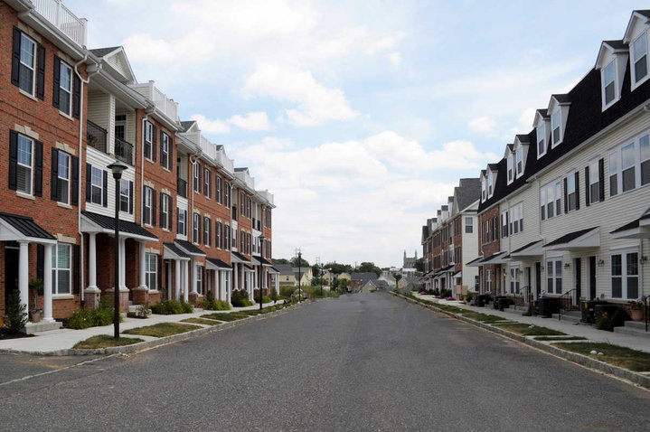 East Falls Philadelphia Project Leverages Off-site Construction for Custom Luxurious for Young Professionals